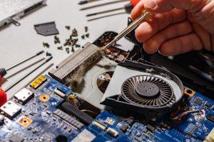 supraincalzirea laptopului