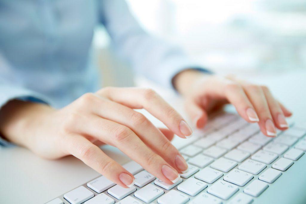 tipuri de tastatura prezenta pe laptopuri