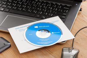 instalare windows pe un laptop cu ajutorul dvd-ului