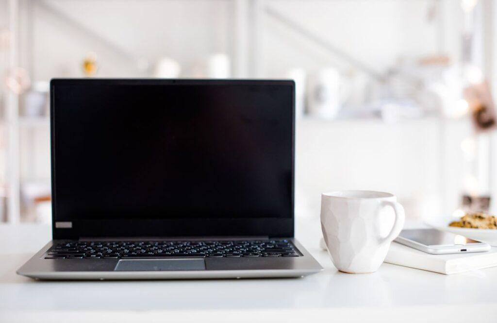 Black screen laptop - Ce inseamna si care sunt motivele